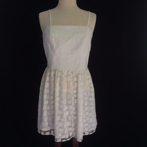W118 Walter Baker White Fit Flare Dress Summer M